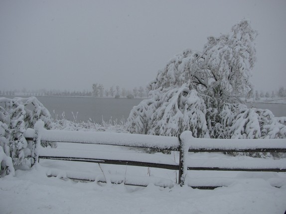 Snow on Windsor Lake October 26, 2011