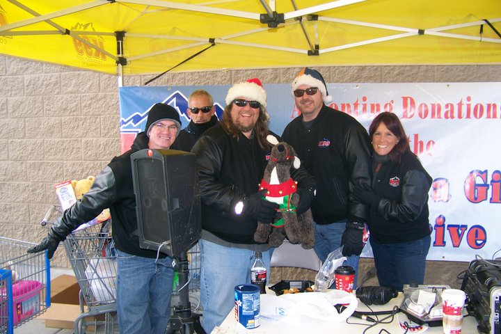 K99 Airstaff Collecting Toys for Santa Cops