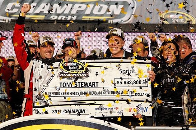 Tony Stewart wins NASCAR Championship