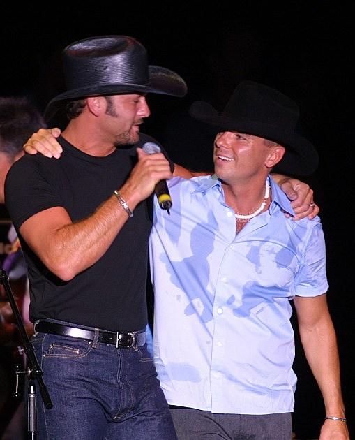 Fan FairAE the World''s Biggest Country Music Festival