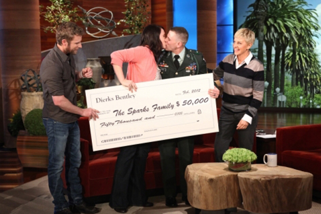 Dierks Bentley Presents check to military family on Ellen