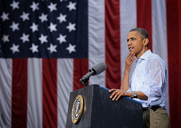 Obama Discusses Economy On Two-Day Campaign Swing Through Virgin