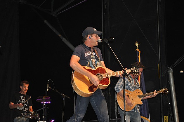Rodney Atkins headlined the Make it Rain Concert