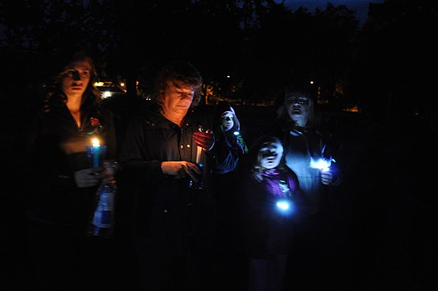 Vigil for Jessica Ridgeway at Fort Collins City Park