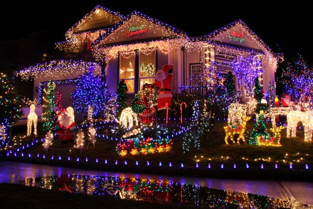 Christmas Houses Decorated Gorgeous Decorate Your House This Christmas & Submit A Picture To Win Prizes Decorating Design