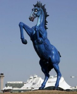 "Big Blue Horse ""El Mesteno "" at D.I.A."