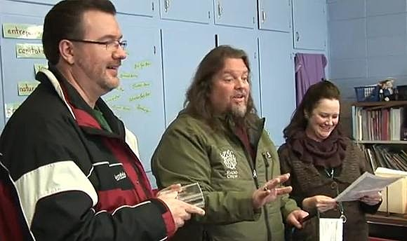 Elementary School 1st Grade Teacher Mrs. Julie True wins Teacher Tuesday Award