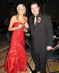 "Todd Harding and ""Best Dressed"" Kelley Johnson Re-Prom 2010"