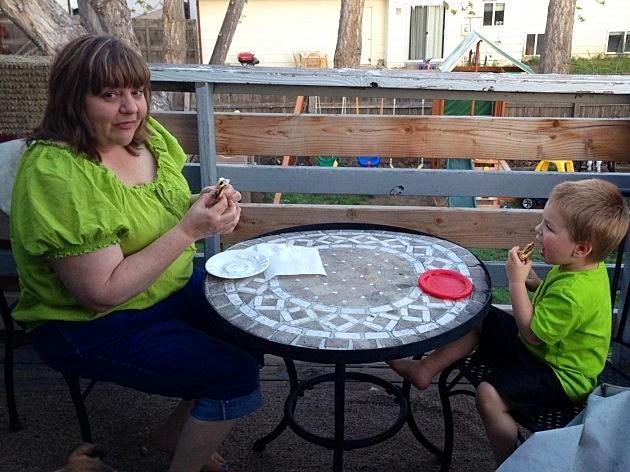 kyla and zander eating smores