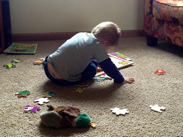 zander doing puzzle