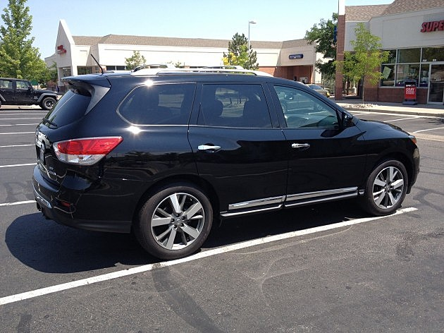 Black Nissan Pathfinder
