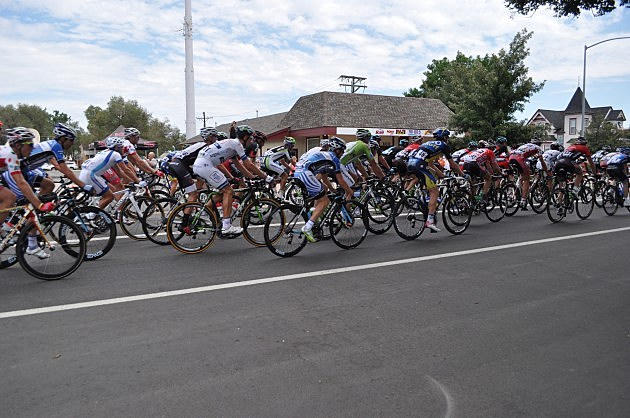 USA Pro Challenge - Peloton in Front of K99 Studios
