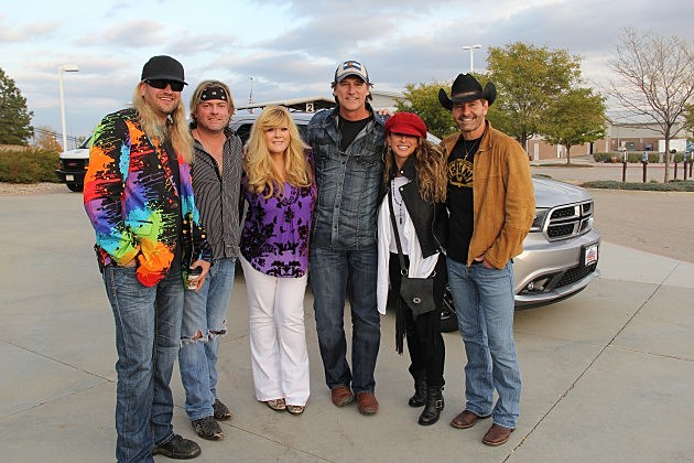 Ira Dean (Trick Pony), Andy Griggs, Jamie O'Neal, Billy Dean, Heidi Newfield, and Keith Burns (Trick Pony)