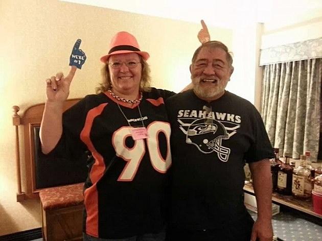 bronco seahawk couple