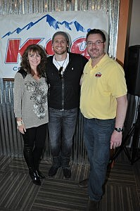 Chase Rice with Todd Harding and Wife Jenny