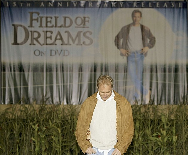 "15th Anniversary DVD Release Celebration Of ""Field of Dreams"""