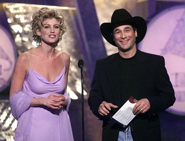 Faith Hill and Clint Back 41st Annual Grammy Awards