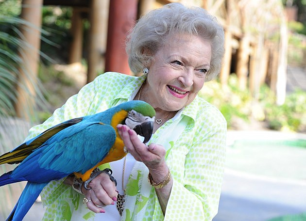 Betty White at the Greater Los Angeles Zoo Association's  44th Annual Beastly Ball