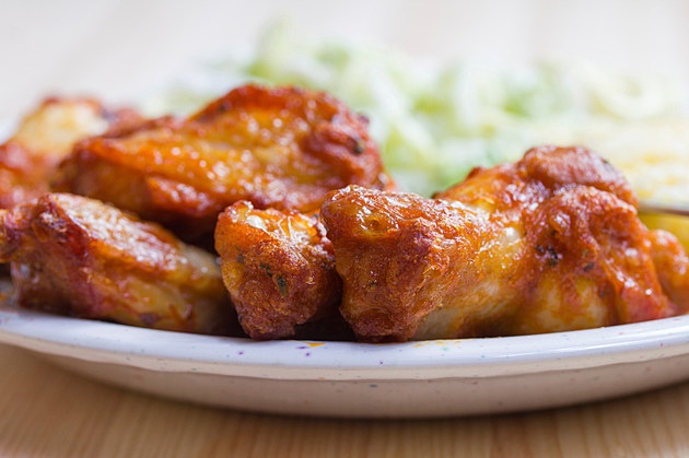 Recipe Rescue Hot Wings ThinkStock
