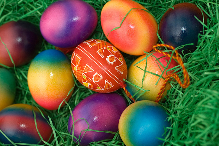 What 39 S The Best Way To Color Eggs This Easter Holiday