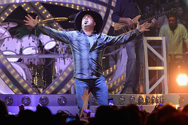 Garth Brooks Sings Your Song Getty Images