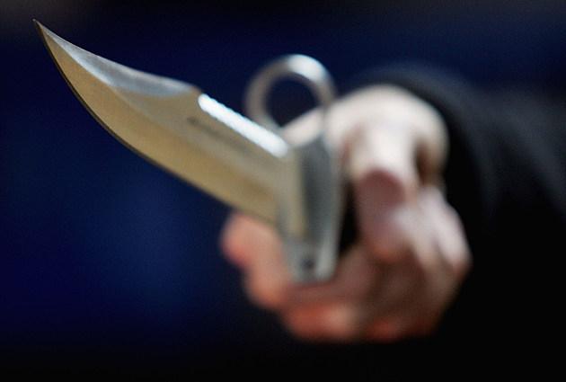 Man holds Knife