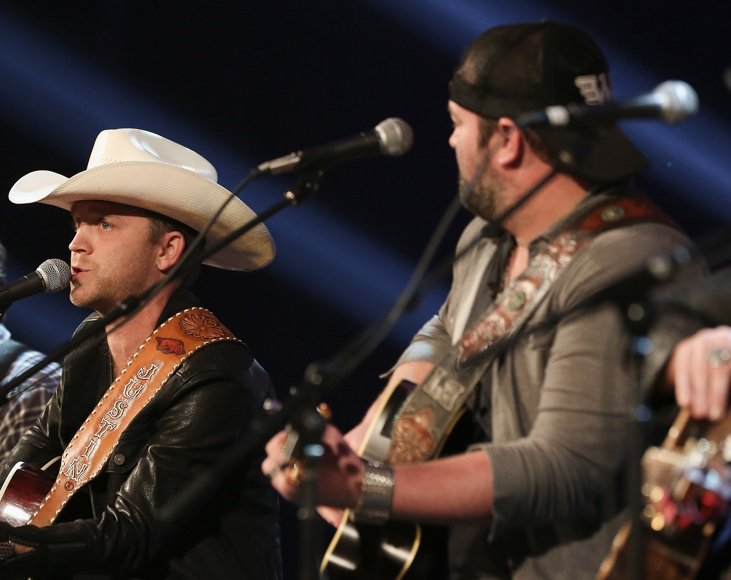 Justin Moore K99 Colorados New Country