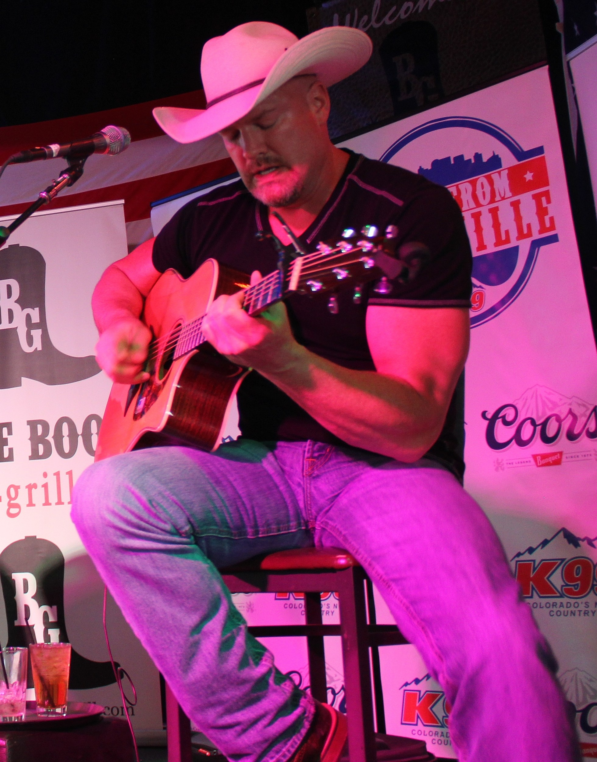 Trent Tomlinson at the Boot Grill for New From Nashville