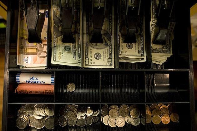 Shops In New York's Tony Hamptons Begin To Accept Euros